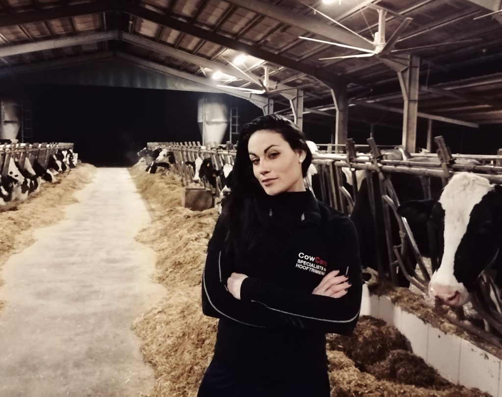 CowCare-Italian-sales-manager-Irene-scaled