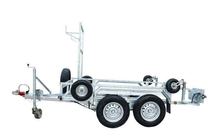 ANKA-U-Trailer-transport-your-hoof-trimming-crush-chute