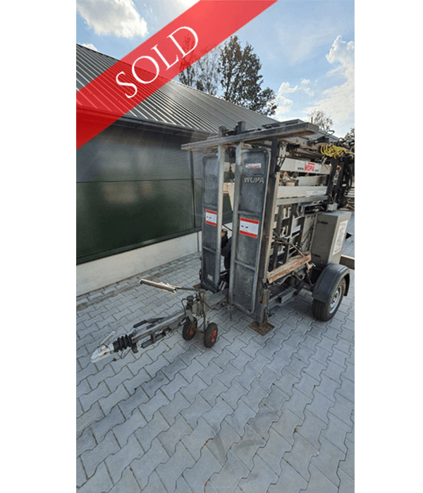 Second-hand-WOPA-SA51-Hoof-trimming-crush-chute-for-sale