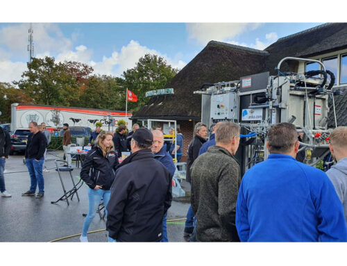 We are happy to meet a lot of our clients today in hoof trimmers meeting in the Netherlands!